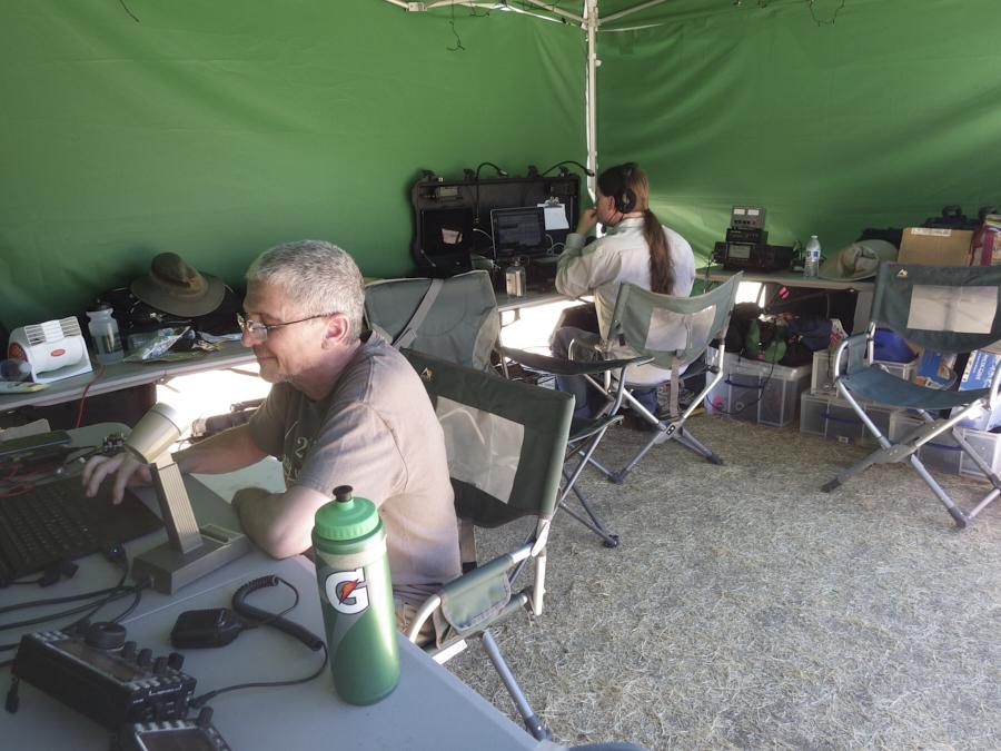 IMGP1587-VHF-operators
